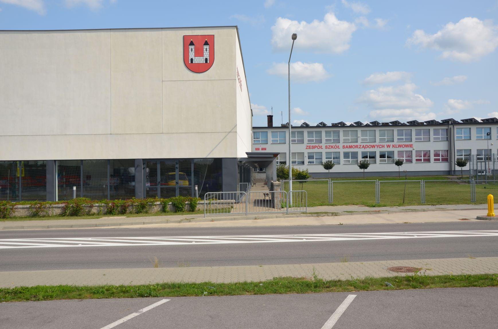 Zespół Szkół Samorządowych w Klwowie
